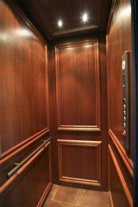 طراحان کابین آسانسور چوبی بخوانند