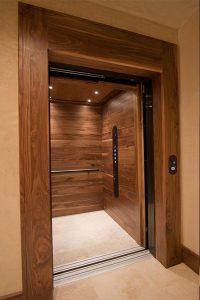 کابین آسانسور چوبی چگونه است