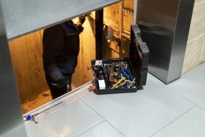برخی از مشکلاتی که میتواند برای آسانسورها پیش آید